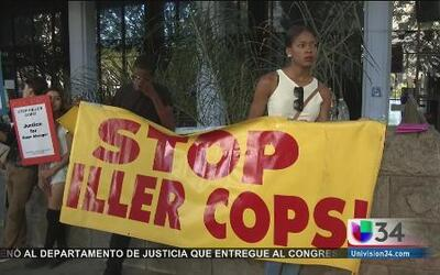 Angelinos exigen justicia de la policía
