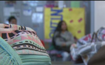UCLA Community School brinda asesoría a menores inmigrantes no acompañad...