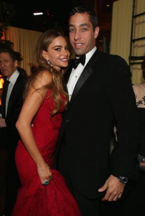 También llevó a su novio, Nick Loeb, derrumbando los chismes de que ya h...