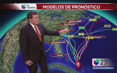 Huracán Joaquín fuerte sobre Bahamas