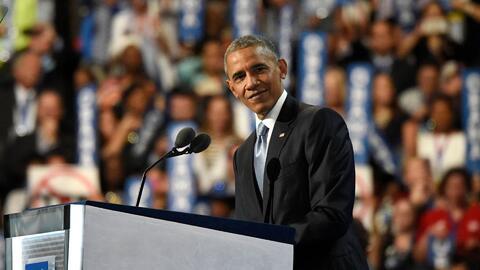 Como un rapero, así calentó motores el presidente Obama antes de su disc...