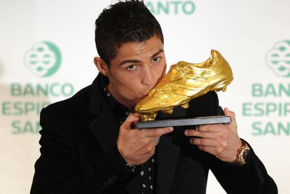 Bota de Oro en 2008 y en 2011, el hercúleo Ronaldo ha transformado su ju...