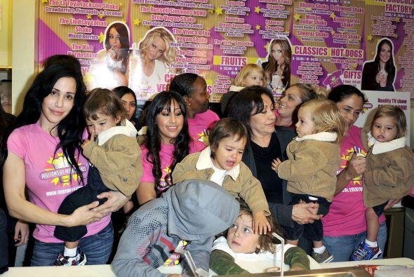 Nadya Suleman, la conocida mujer que en 2008 dio a luz a octillizos, que...
