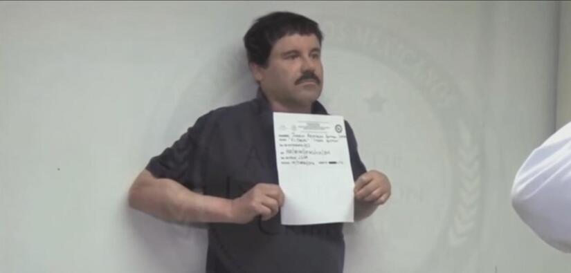 """Nuevas imágenes de la captura de """"El Chapo"""""""