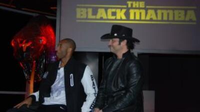 Kobe Bryan y Robert Rodríguez en la presentación de Black Mamba.