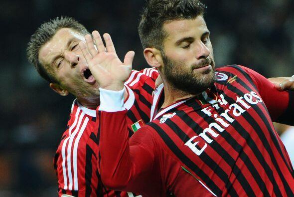 ''He metido un gol', dijo Nocerino y golpeó a Cassano porque sent...