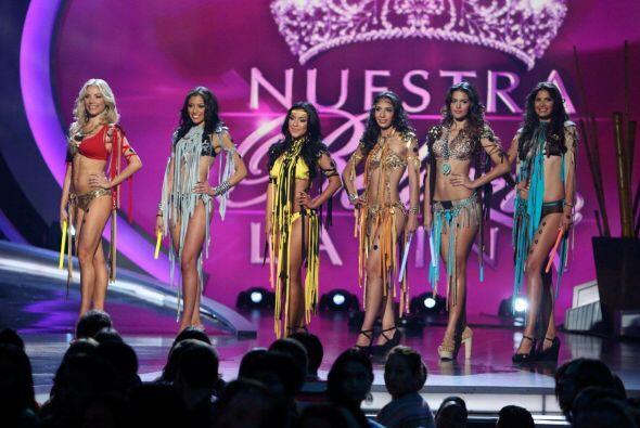 Las seis chicas del reto de baile se robaron el show.