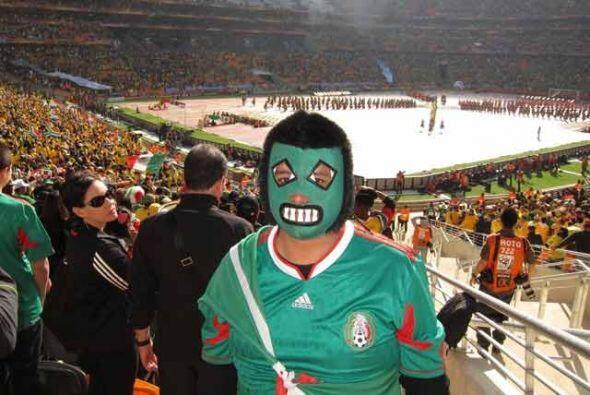 México llevó más de 15 mil aficionados para apoyar...