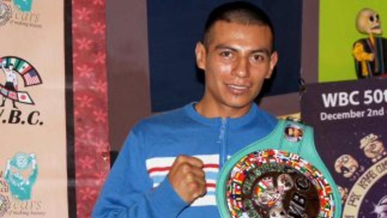 Mauricio Sulaimán, confirmó que el mexicano Robinson Castellanos es reta...