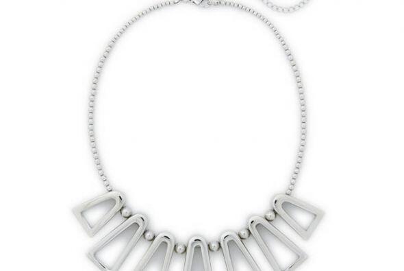 Si buscas algo más sofisticado el collar de Bar II es el indicado...