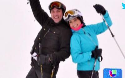 Jorge Salinas y Elizabeth Alvarez disfrutan de la nieve en sus vacaciones