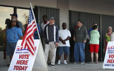 ¿Hillary Clinton o Donald Trump? Ya miles comenzaron a elegir con la vot...
