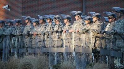 El gobierno de Missouri solicitó una mayor presencia de soldados en Ferg...