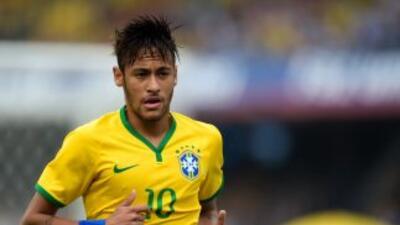 Neymar está contento por debutar en el Mundial.