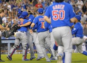 El lanzador de los Cubs dejó sin hits ni carreras a los Dodgers.