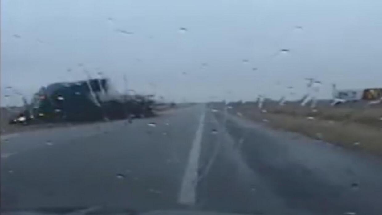 En video: Desearas tener los reflejos de este patrullero de carretera