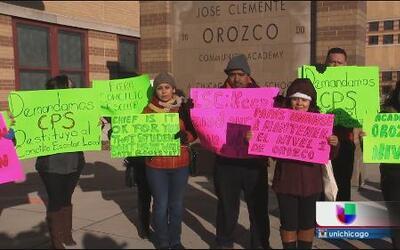 Quieren despedir a la principal de escuela Orozco