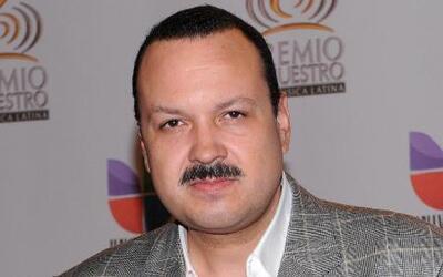 Pepe Aguilar incluyó a muchos ídolos en su nuevo disco