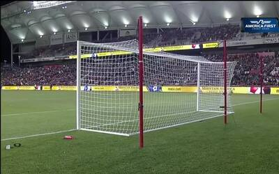 El excanterano de Xolos de Tijuana, Brandon Vázquez, anota su primer gol...