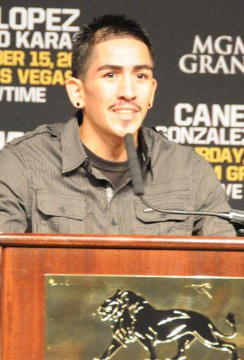 En otra pelea portítulo mundial, el mexicano Leo Santa Cruz defenderá el...