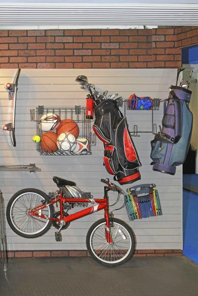 Bicicletas arriba. ¿El piso de tu garaje es demasiado pequeño para alber...