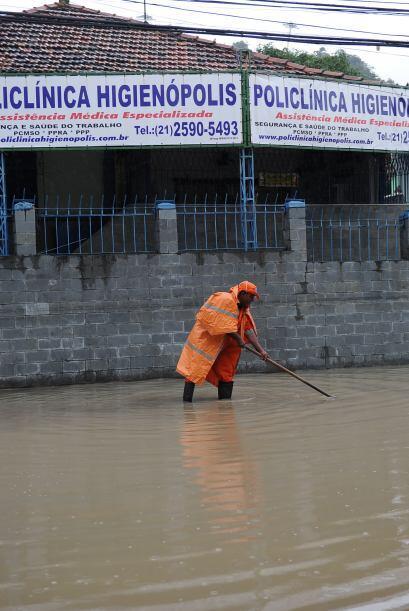 Las fuertes lluvias de las últimas horas generaron caos este miércoles e...