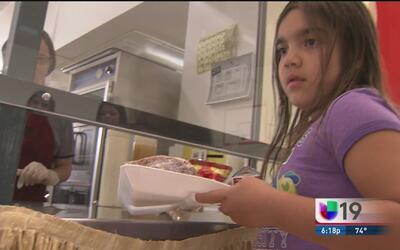 Almuerzos gratuitos para menores