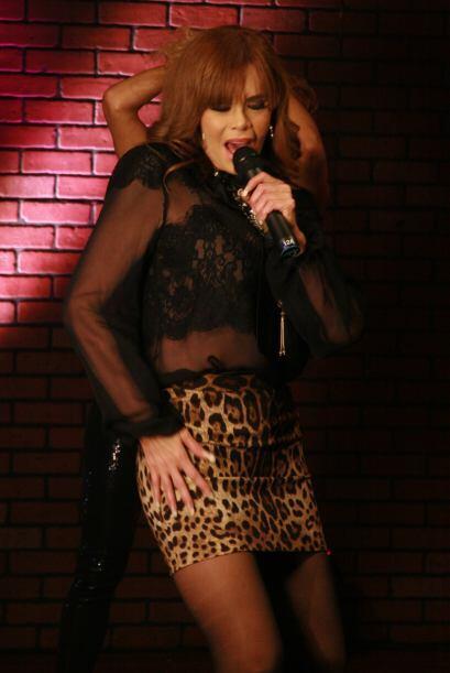 En el show demostró que además de talentosa y profesional...