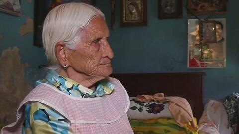 Niegan servicios en el banco a una anciana porque sobrepasa el límite de...
