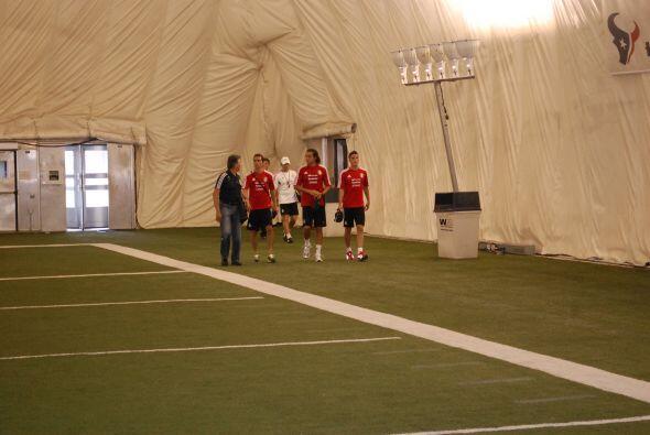 La Selección Mexicana tuvo su segunda sesión de entrenamiento en Houston...