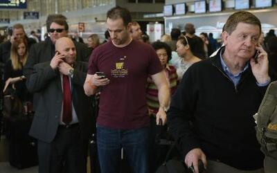 El mal tiempo provoca retrasos en aeropuertos