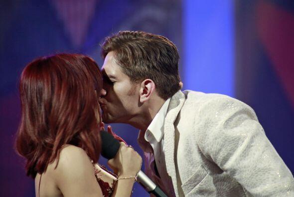 Un dulce momento entre el cantante y Ana Cristina.