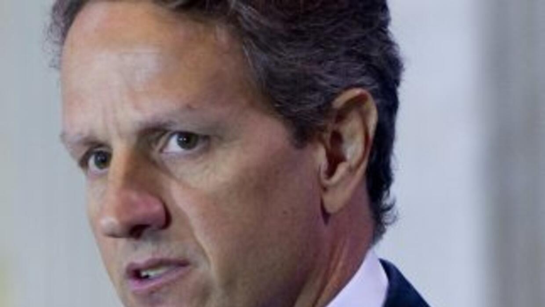 Timothy Geithner, secretario del Tesoro de Estados Unidos, pidió más acc...