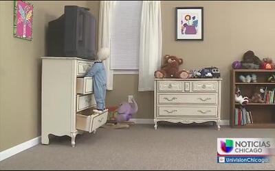 Consumidores de Chicago reciben ayuda de IKEA para evitar muertes de niños