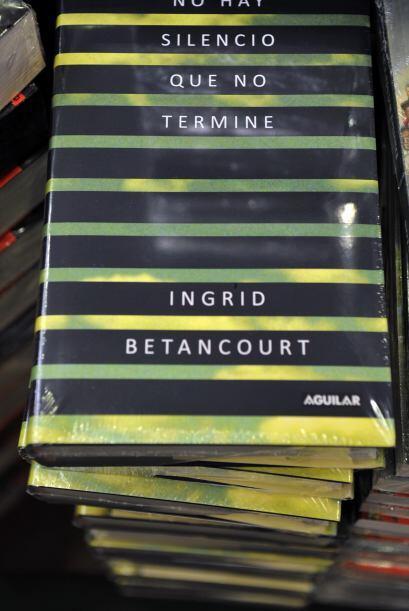 Betancourt estuvo de rehén hasta que fue liberada el 2 de julio de 2008...