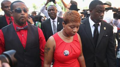 Emotivo funeral de Michael Brown