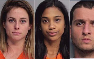 Acusan a dos estudiantes de la Universidad de Miami de participar en una...