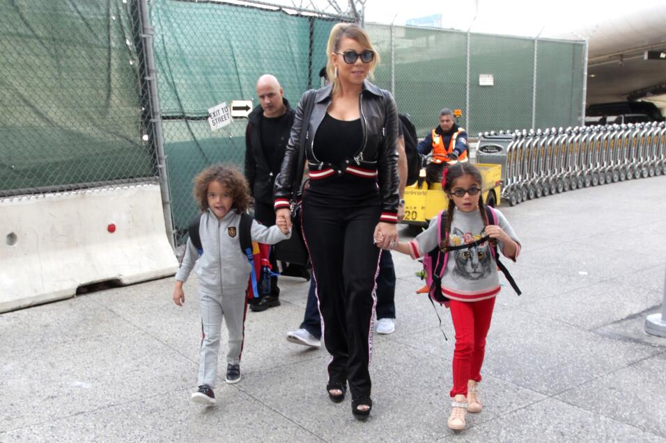 Los Angeles, February 19, 2017. Mariah Carey departs LAX with her boyfri...