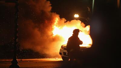 Violentas protestas en Ferguson tras decisión del gran jurado
