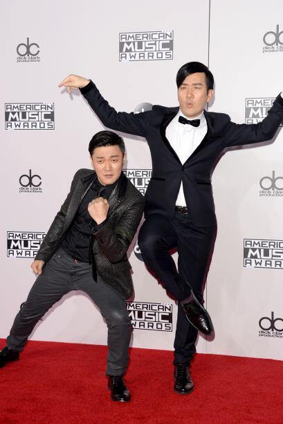 ¡Bueeeenoooo! Xiao Yang y Wang Taili, de los Chopstick Brothers tenían q...