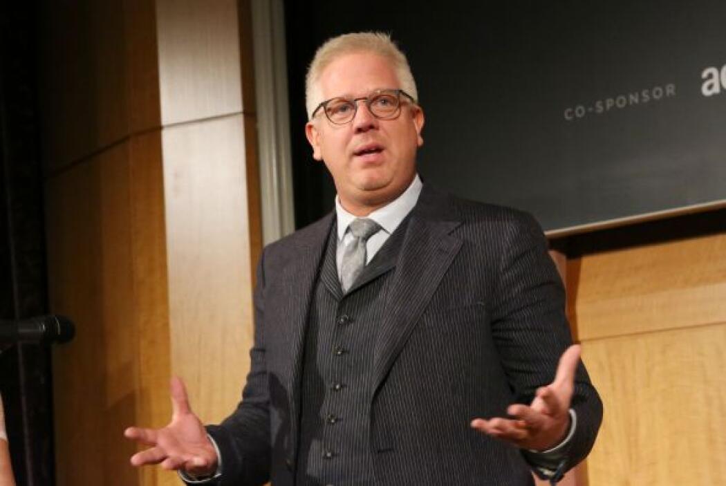 34. Glenn Beck  Ganancias netas: $90 millones.  Presencia en radio y tv:...