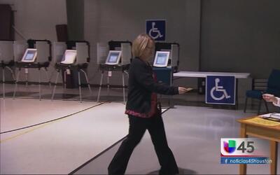 Inician las votaciones tempranas en el condado Harris