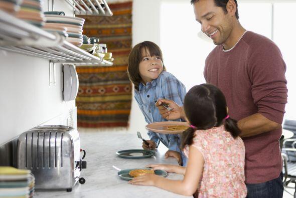 """Los papás opinaron que """"Dedicarle tiempo a los hijos"""" (87 por ciento) y..."""