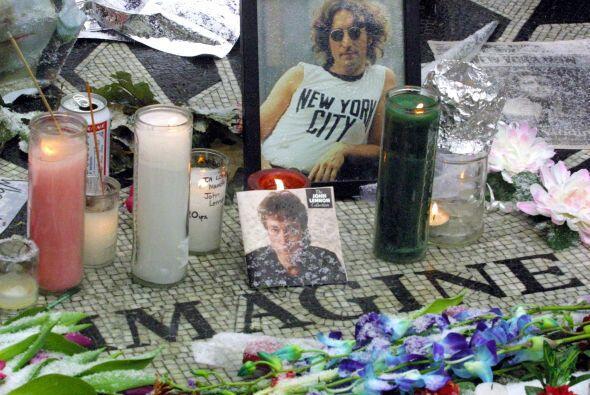 Lennon había nacido en Liverpool, Inglaterra, el 9 de octubre de...