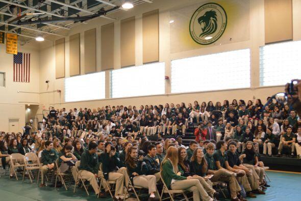 Los estudiantes celebraban su 'Career Day' anual, día en el que reciben...