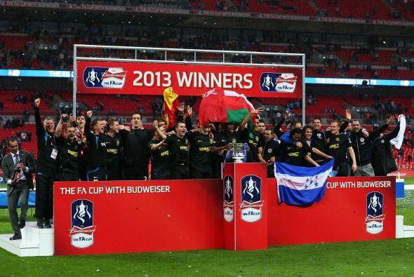 Wigan conquistó el primer gran título e su historia al ven...