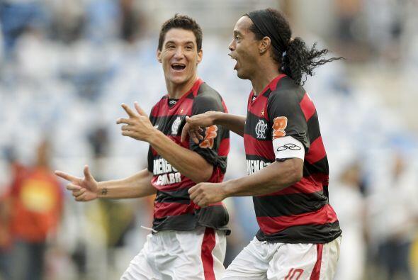 Ronaldinho ganó y así jugará su primera final en la...