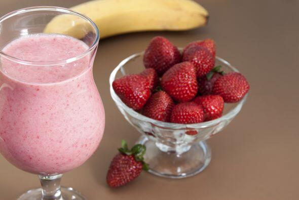 También puedes prepara unos ricos batidos de frutas con leche de...