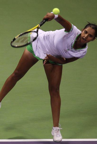 Sania Mirza, jugadora de la India, tiene un saque especial.