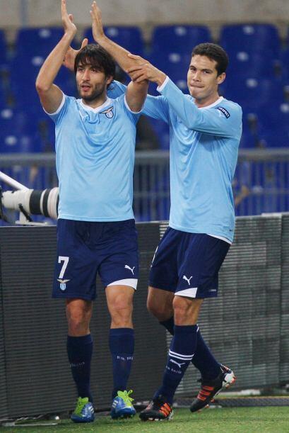 Giuseppe Sculli puso el 2-0 definitivo, para que la Lazio esté en la pró...
